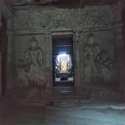 Jogeshwari-caves