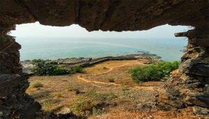 Korlai Fort – Beach, Lighthouse, Island and a Fort