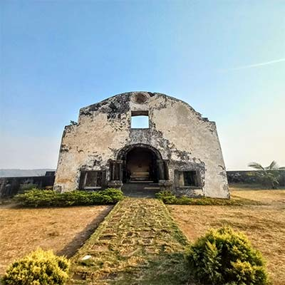 Korlai fort chruch at top