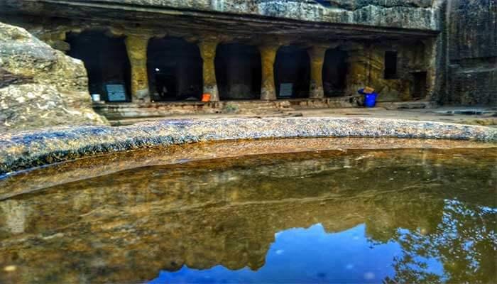 Mandapeshwar Caves pond