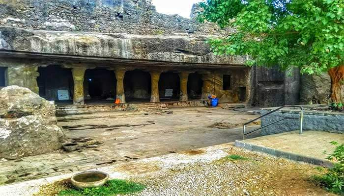 Mandapeshwar Caves structure