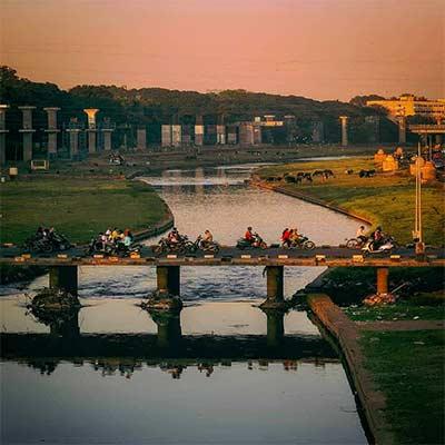 Pune-river brige