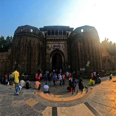 Shaniwar-wada-gate