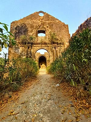 old chruch picture in vasai fort