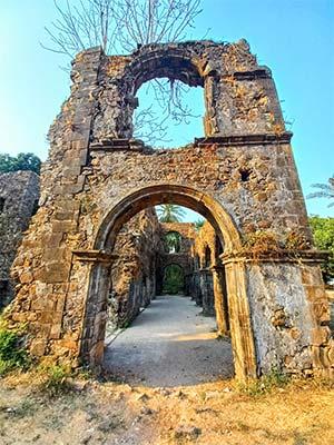 vasai fort entrance