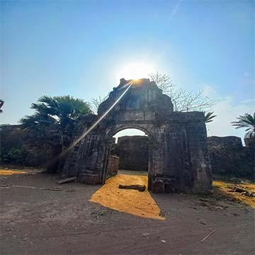 vasai fort main entrance