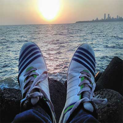 shoes-picture-at-marine