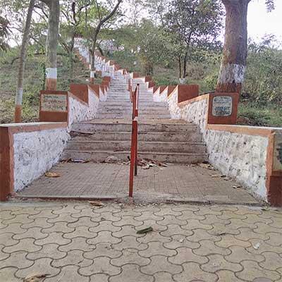 aarey temple steps