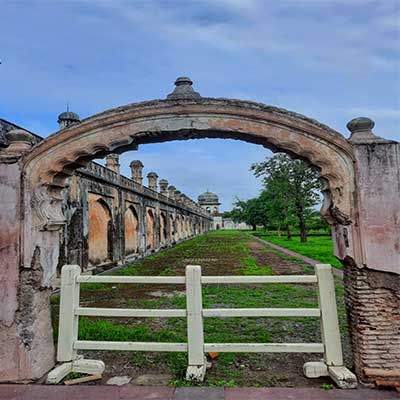 bibi-ka-maqbara gate