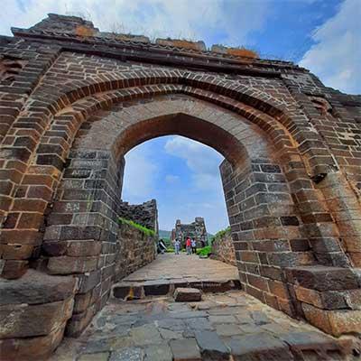 daulatabad gate