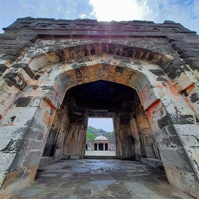 daulatabad-gate image