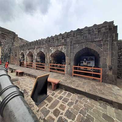daulatabad structure