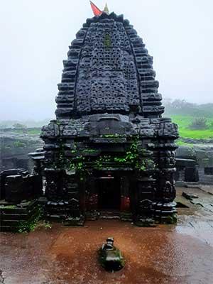 harishchandragad shiv temple